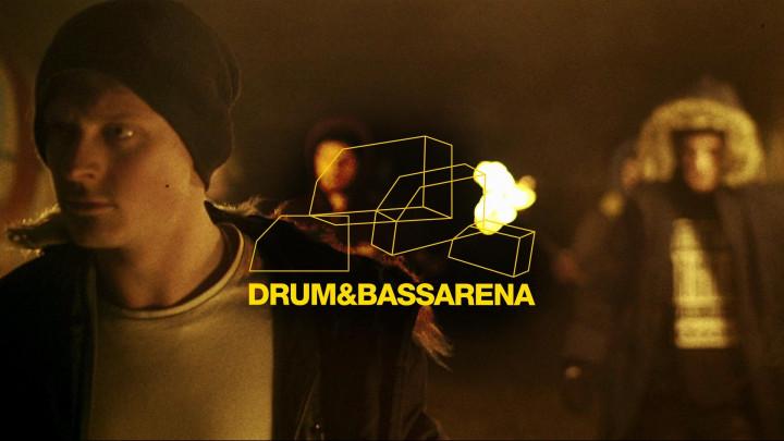 Akov feat Twitchee Cordz - Burn It Down